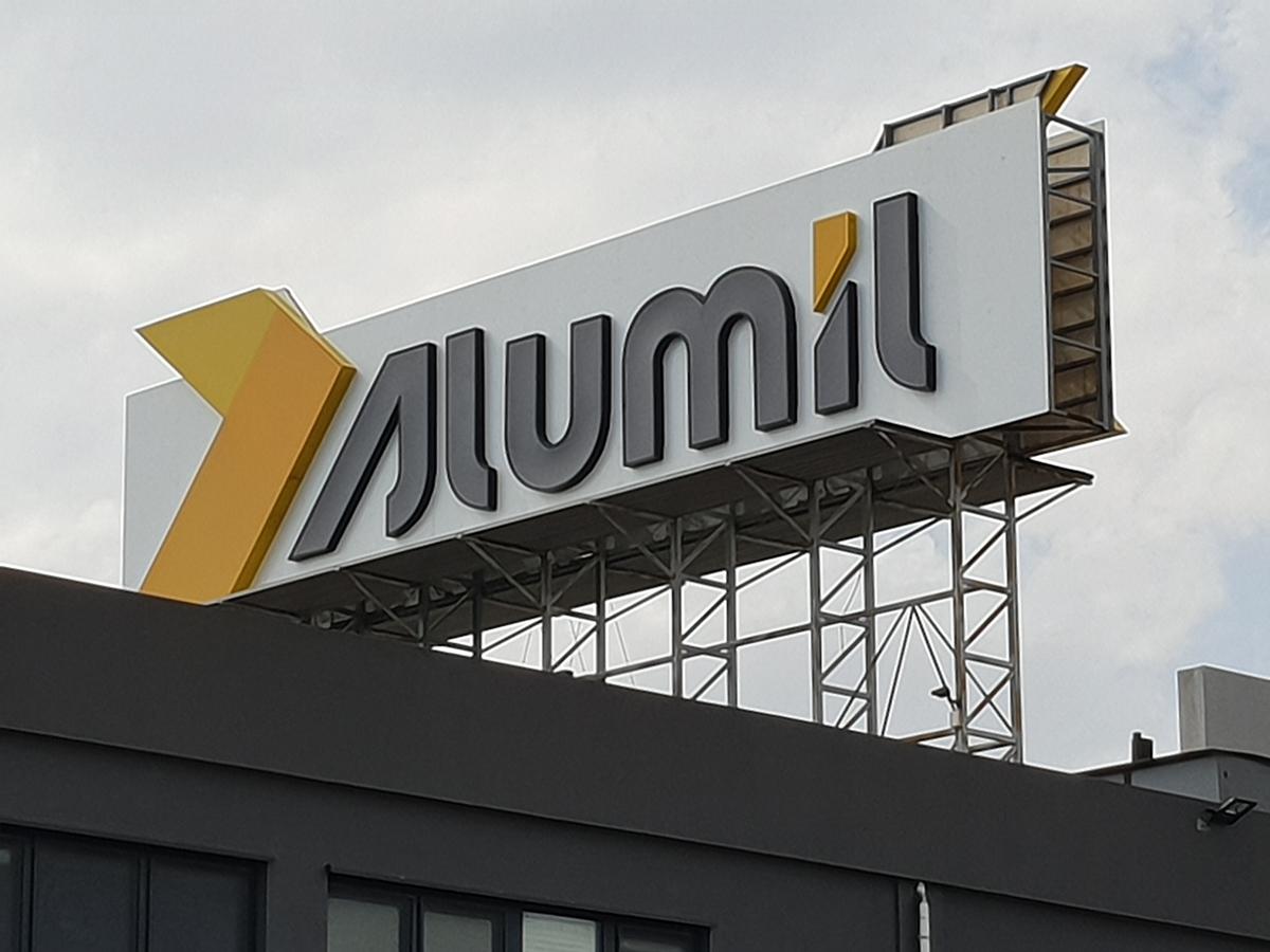 Alumil μεταλλικά 3D γράμματα